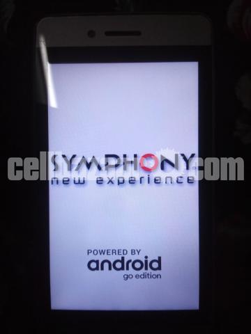 Symphony E90 - 1/4