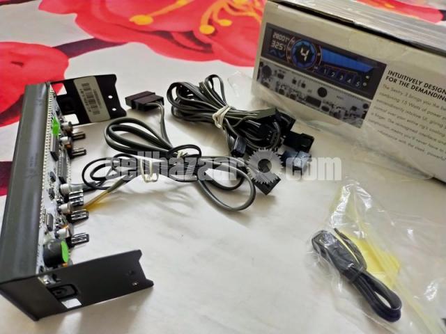 NZXT Sentry 3 Touchscreen Fan Controller - 4/4