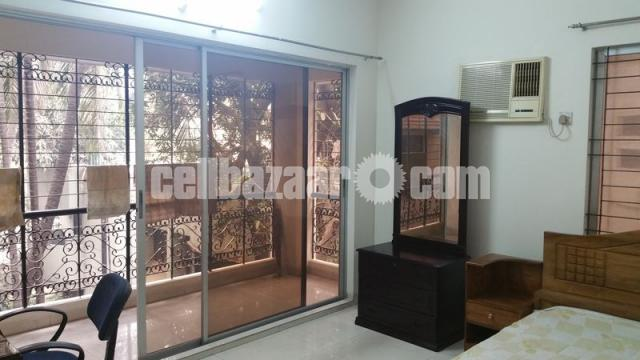 1500Sqft Full Furnished Apartment for small Family@G-2, LRPS00001 - 5/7