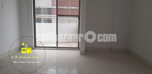 3000Sqft Luxurious Unfurnished Apt. for Rent at G-1, LRPS00004 - 1/9