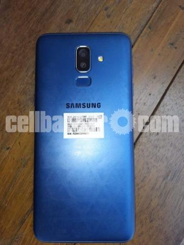Samsung Galaxy j8 - 2/2