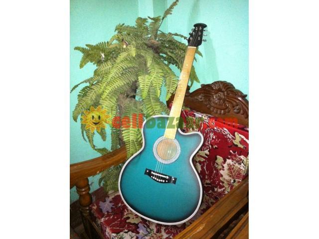 Acoustic guitar - 2/3