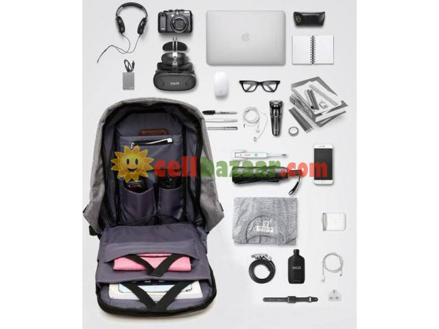 Anti Theft Backpack - 4/5