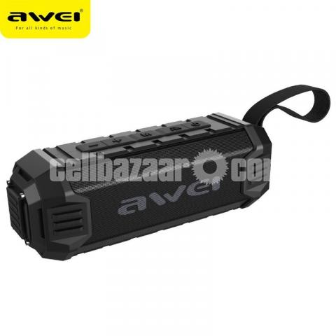 Awei Y280 IPX4 Bluetooth Speaker Power Bank with Enhanced Bass, Built-in Mic, Support FM/USB/TF Card - 1/2