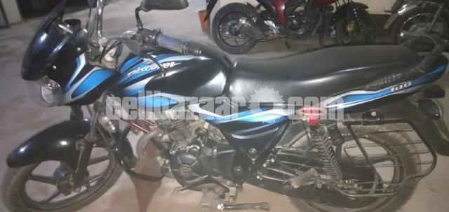 Bajaj Discover 100 cc - 3/5