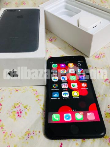 Apple iPhone 7 plus (128 gb ) - 4/7