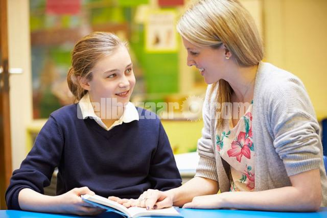 A LEVEL_ENGLISH LANGUAGE_LITERATURE_HOME TUTOR AVAILABLE - 2/2