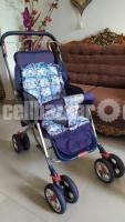 Baby stroller in sale!