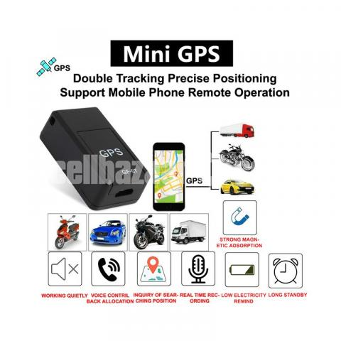 GPS Tracker Car Charger Live Tracking Device with Voice Monitoring System - 2/7