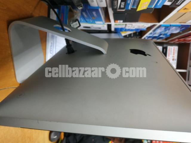 """Apple iMac Pc 21.5""""- 2010 - 3/5"""