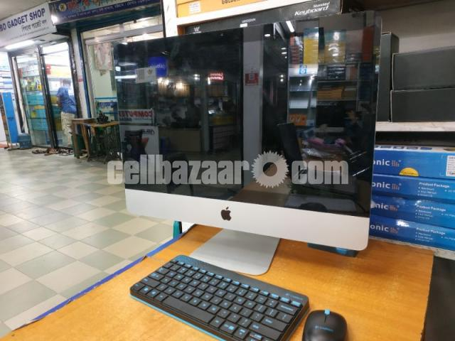 """Apple iMac Pc 21.5""""- 2010 - 4/5"""