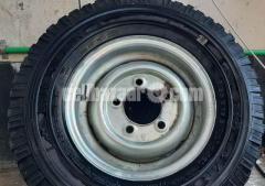 Landover Car Tier and Ring