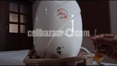 Bajaj Flora Instant 3 Liters Vertical Water Geyser