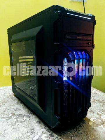 Intel Core i3 Desktop Computer - 2/5