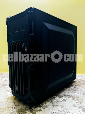 Intel Core i3 Desktop Computer - 3/5