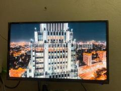 "VISION LED TV 32"""