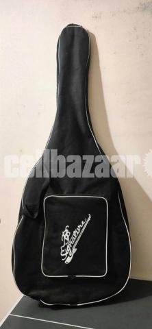Signature Acoustic Guitar (Left Handed) - 4/4