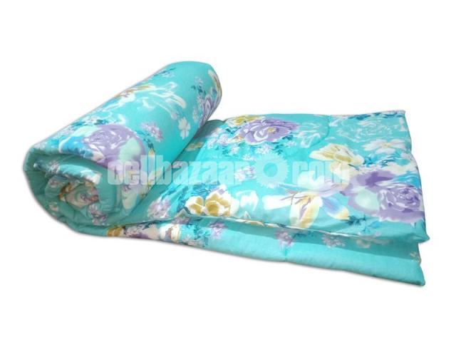 King Size Champion Comforter - 2/4