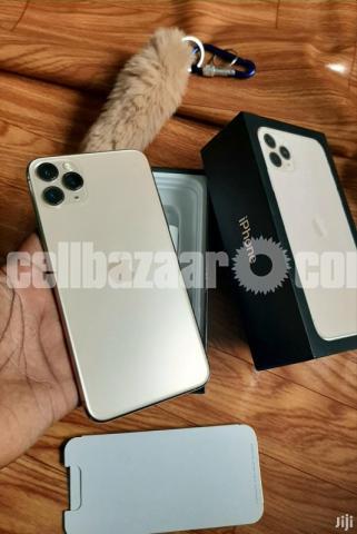 Apple iPhone 11 pro max - 2/2
