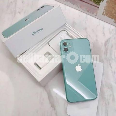 Apple iPhone 11 - 1/2