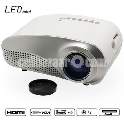 Mini LED Projector - 8/10