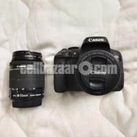 Canon 750D with 50mm Prime Lens