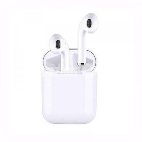 i11s TWS Earbuds with Charging case - 1/8