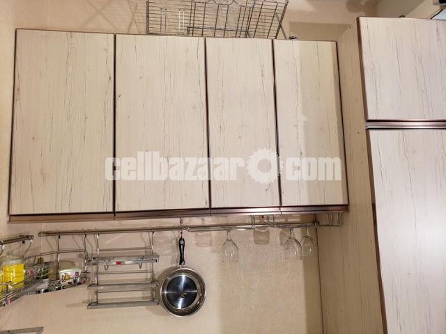 Kitchen Cabinet - 3/3