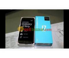 Urgent Sell: Samsung Galaxy J7 Pro - Image 1/3