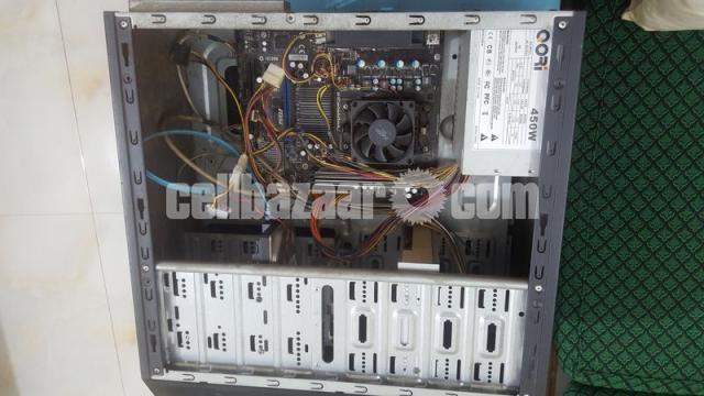 Desktop Computer - 3/4