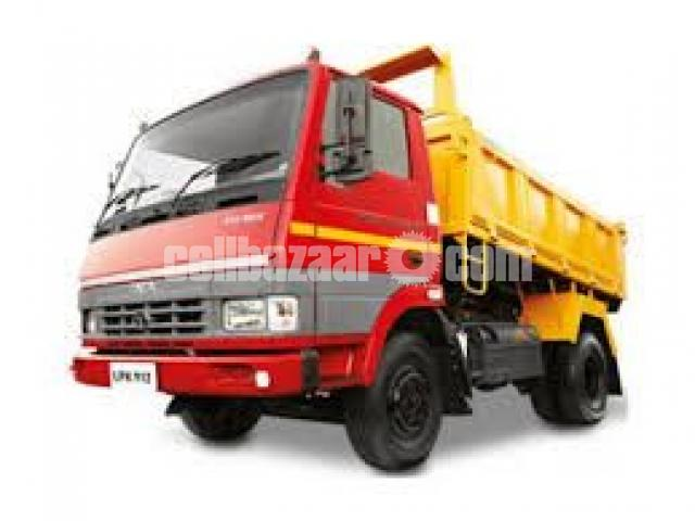 TATA 912 Dump Truck - 1/2