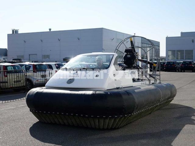 Hovercraft Christy 5146 - 3/9