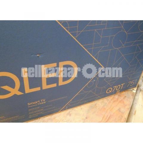 "Samsung Class Q70T 75"" 4K UHD Smart HDR QLED TV - 3/4"