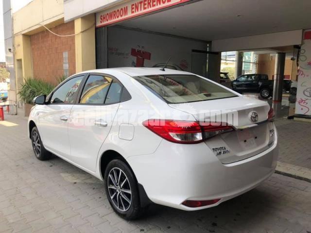 Toyota Yaris 2021 - 2/6