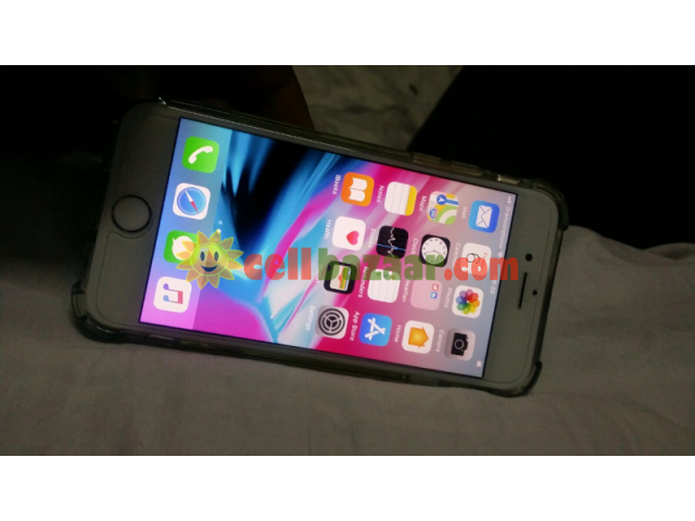 Apple I phone 8 - 1/4