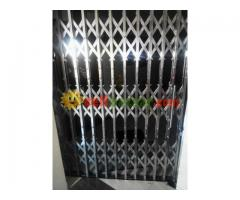 stainless collapsible gate
