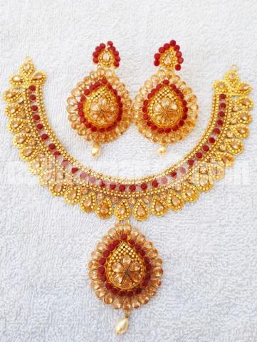 Stylish necklace - 1/10
