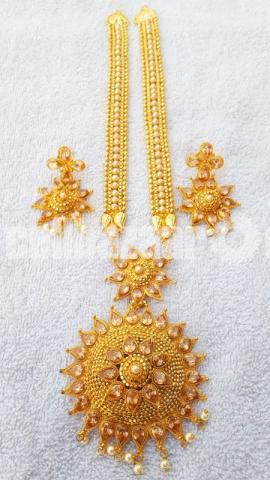 Stylish necklace - 5/10