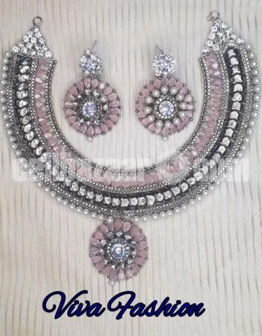 Stylish necklace - 8/10