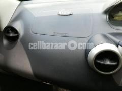 Toyota IST 1500cc - Image 7/10