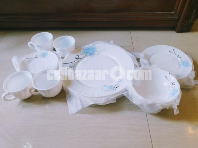 20 Pcs Ceramic Dining Set - 1/2