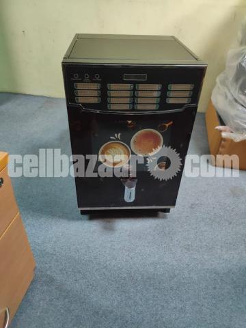 GODREJ COMPANY COFFEE BEANS VENDING MACHINE SELL. - 1/7