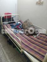 Patients bed