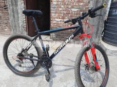 Serious Eight Ball (Used MTB cycle)