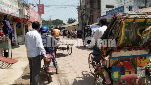 9 satak land with showroom for sale at lalmonirhat - 2/5