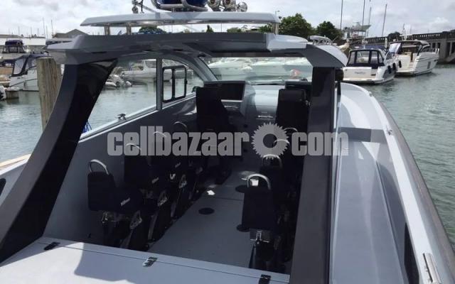 Patrol boat BLADERUNNER 45 INTERCEPTOR - 3/6