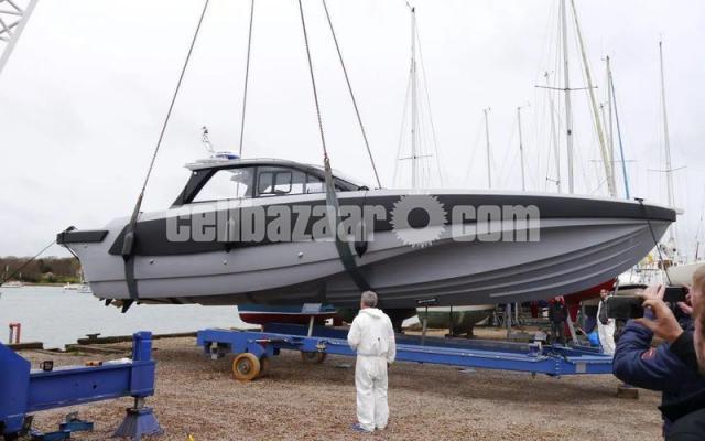 Patrol boat BLADERUNNER 45 INTERCEPTOR - 4/6