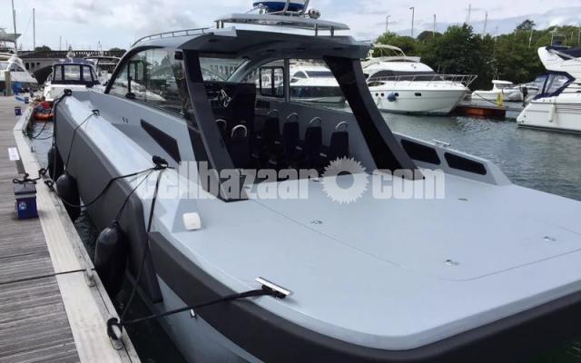 Patrol boat BLADERUNNER 45 INTERCEPTOR - 5/6