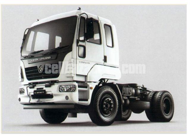 Ashok Leyland 3518 Prime Mover - 1/2