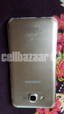 Samsung galaxy j7 2/16 gb - 2/5